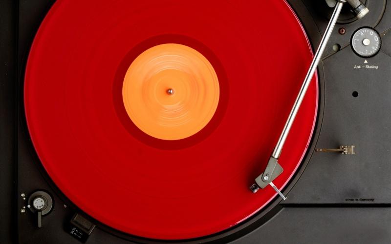 VinylDeck