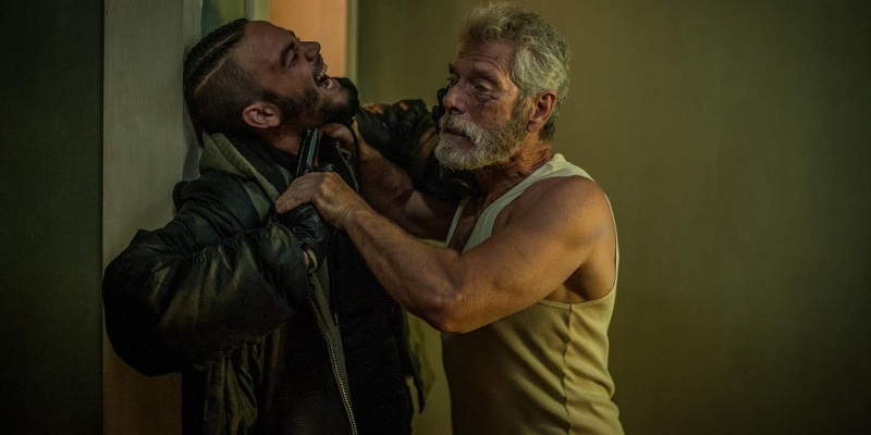 daniel-zovatto-and-stephen-lang-in-dont-breathe